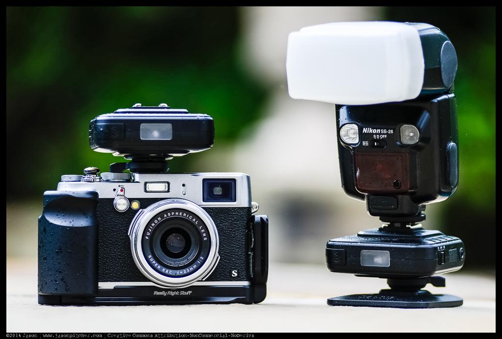 Fuji X100s with Cactus v6 & Nikon SB-26
